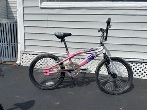 """20"""" girls Mongoose BMX bike bicycle for Sale in Peabody, MA"""