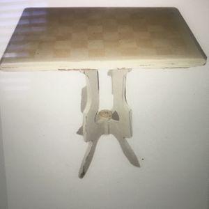 Vintage side Table for Sale in Alexandria, VA
