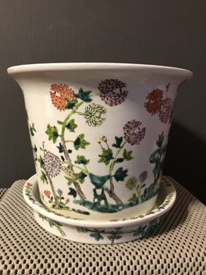 Antique Chinese Hand Painted Famille Rose Porcelain Flowerpot for Sale in Kennesaw, GA