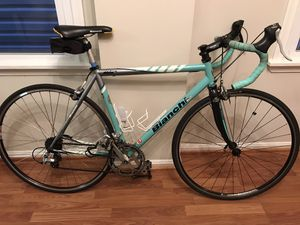 Road bike for Sale in Baltimore, MD