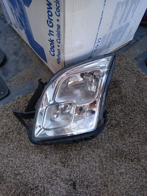 06 07 08 09 ford fusion lh headlight for Sale in Brentwood, MD