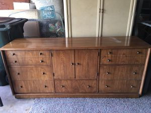 Dresser By Stanley for Sale in Niles, IL