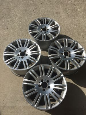 Mercedes 10 spoke wheel for Sale in East Haven, CT