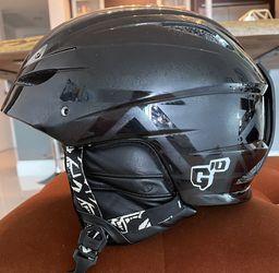 Giro G-10 Ski/snowboard Helmet Size M for Sale in Miami,  FL
