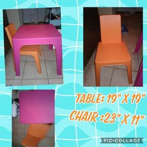Kids table & chair bundle $12 for Sale in Goodyear, AZ
