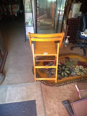 Wooden Folding Chairs for Sale in Saint Charles, MO