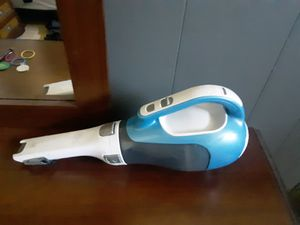 Black decker 16v vaccum for Sale in Austin, TX