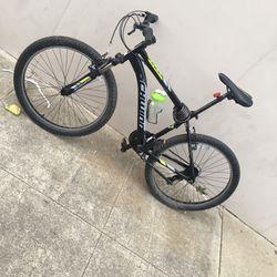 Schwinn Mountain Bike for Sale in Oakland,  CA