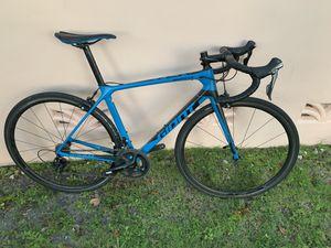 Road bike giant tcr carbon medium for Sale in Miami, FL