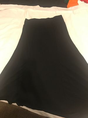 Black motherhood maternity skirt full long high low hem elastic waist size l large for Sale in Taylors, SC