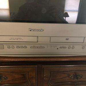 Panasonic TV DVD/VHS for Sale in Glendale, AZ