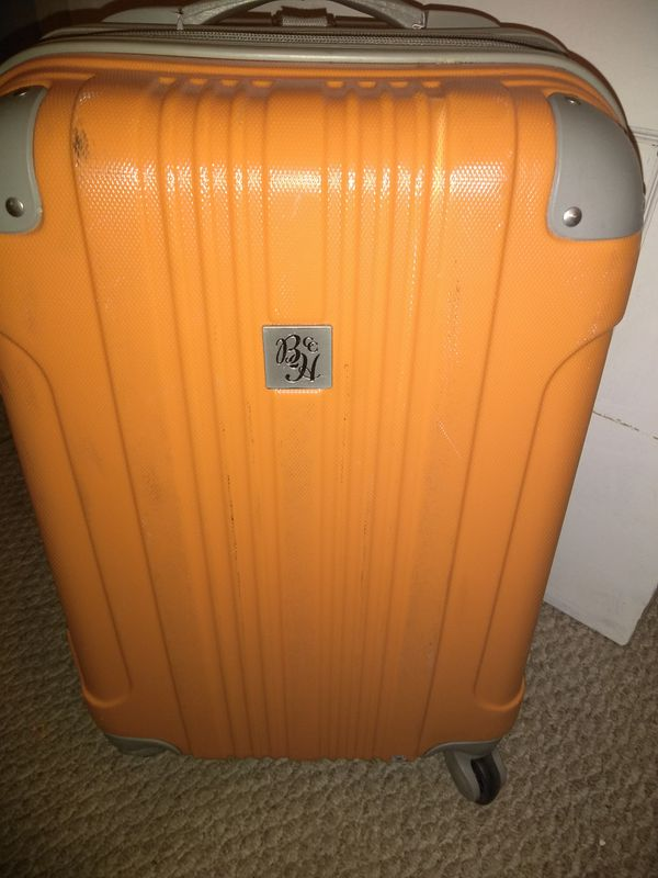 Beverly hills country club spinner suitcase luggage
