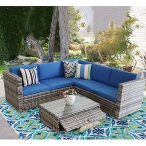 Rattan Patio Furniture Set for Sale in Los Angeles, CA