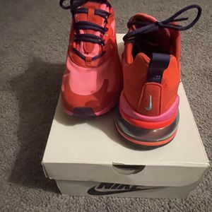 Nike 270s for Sale in Monroe Township, NJ