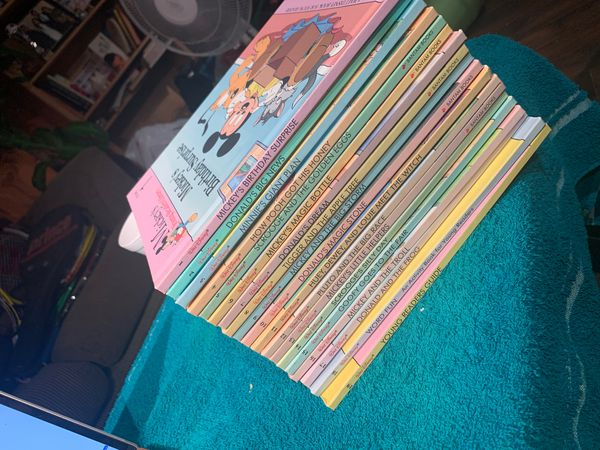 Vibtage Mickey Mouse full book collection 1-19