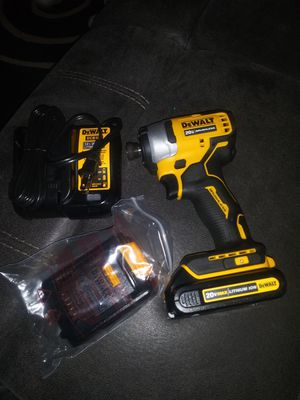 DEWALT ATOMIC 20-Volt MAX Brushless Impact Driver with 2 1.5 battery and charger for Sale in San Diego, CA
