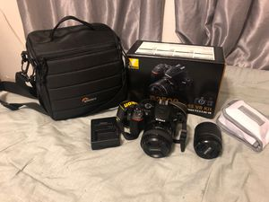 Nikon D3500 w/ 2 lenses and tons of accessories for Sale in Miramar, FL