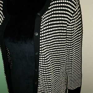 New Womens Ann Taylor Black & White Button Down Ann Taylor Cardigan Sweater, size Large (DK) for Sale in St. Petersburg, FL