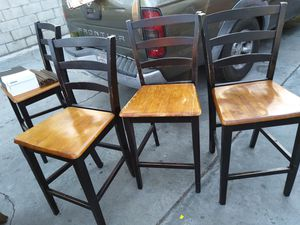 .Free Pub Style Chairs for Sale in Bell Gardens, CA