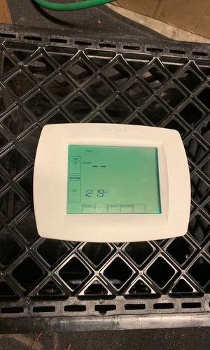 Touch screen digital thermostat for Sale in Las Vegas, NV