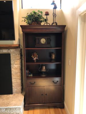 Book shelf with drawer and cabinet for Sale in Foresthill, CA