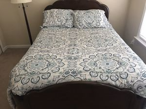 Bed frame & Mattress for Sale in Kennesaw, GA