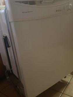Fridgidaire Dishwasher for Sale in Bainbridge,  GA