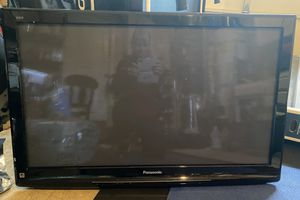 Panasonic Vista 40inch tv for Sale in Issaquah, WA