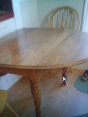 Antique drop leaf Table $135. for Sale in Bradenton, FL