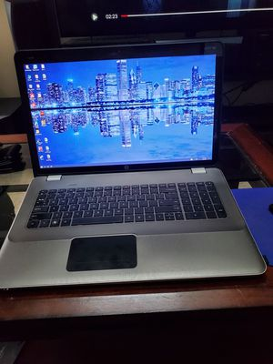 HP 17 Inch I7 Intel 3D Beats Audio Laptop for Sale in Naperville, IL