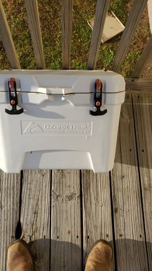 Vacuum sealed cooler for Sale in Lewisburg, TN