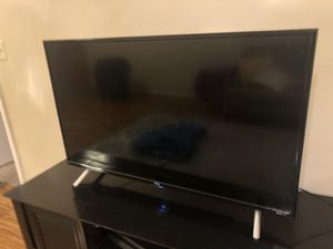 TCL Roku 32 inch led tv for Sale in Boca Raton, FL