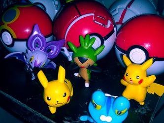 6 Pokémon Balls With 5 Pokemon Characters for Sale in San Antonio,  TX