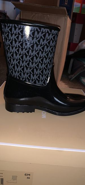 Michael Kors Rain Boots for Sale in Londonderry, NH
