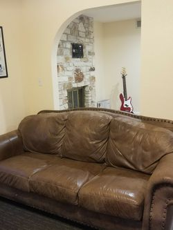 Brown Leather Couch for Sale in Austin,  TX