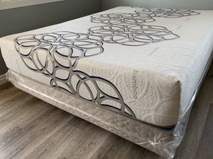 Sky comfort mattresses and box spring of for Sale in Banning, CA