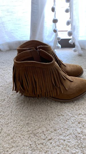Women's fringe ankle boots for Sale in Irving, TX