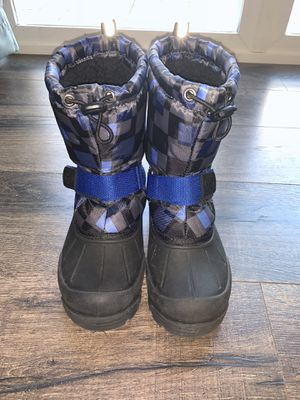 "Snow Boots for kids Size 2 ""Like New "" for Sale in Mission Viejo, CA"