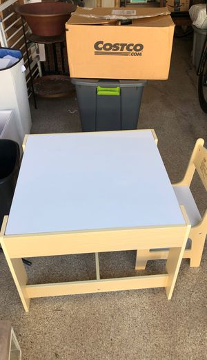 Kids table and chair - Costzon 3 in 1 Kids Wood Table & 2 Chair Set for Sale in Solana Beach, CA