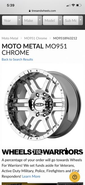 Moto Metal Chrome Wheels 18x9 for Sale in Tucson, AZ
