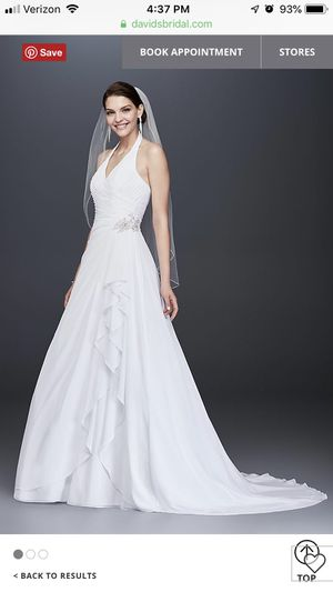 Gorgeous White Wedding Gown from David's Bridal for Sale in Auburndale, FL