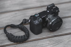 Sony a6000 W/ kit lens Camera for Sale in Montebello, CA