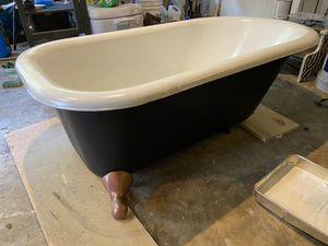 Restored claw foot tub for Sale in Round Rock, TX