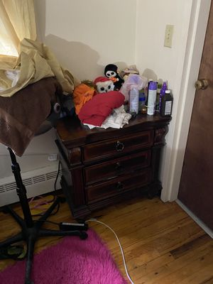 Bedroom set for Sale in Lawrence, MA