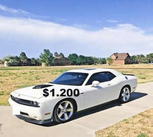 🎃I sell URGENT my car 2009 Dodge Challenger Sport🦇 for Sale in San Diego, CA