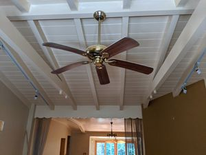 Light Fixtures / Fan for Sale in Miami, FL