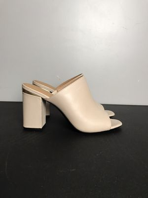 Calvin Klein Cicelle Women Open Toe Sandals Size 8 Pre-owned for Sale in Buckhannon, WV
