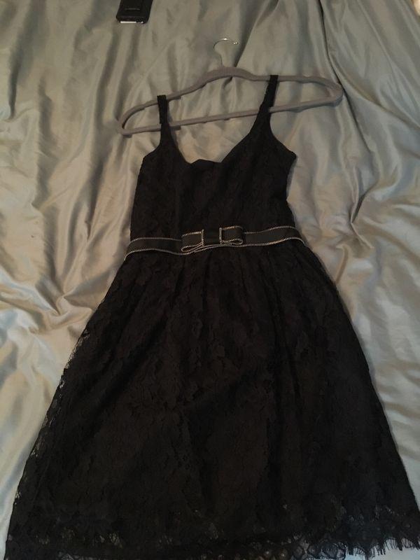 Size 0 black lace dress