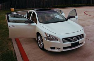 Excellent/price$1200/2010 Nissan Maxima for Sale in Milwaukee, WI