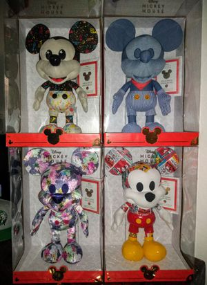 Disney Year of the Mouse Limited Collectors Edition Plush Mickey Mouse set for Sale in El Mirage, AZ